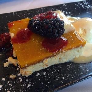 Tarta de Queso y Frutos Rojos.